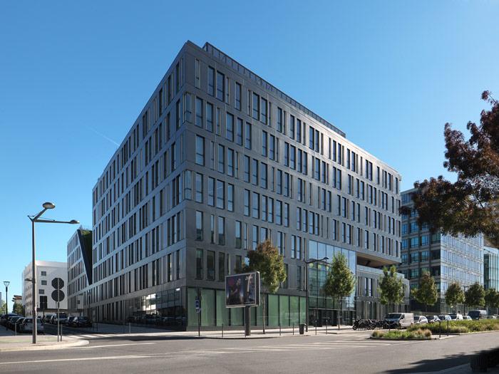 Immeuble de bureaux herault arnod architectes for Immeuble bureaux hqe